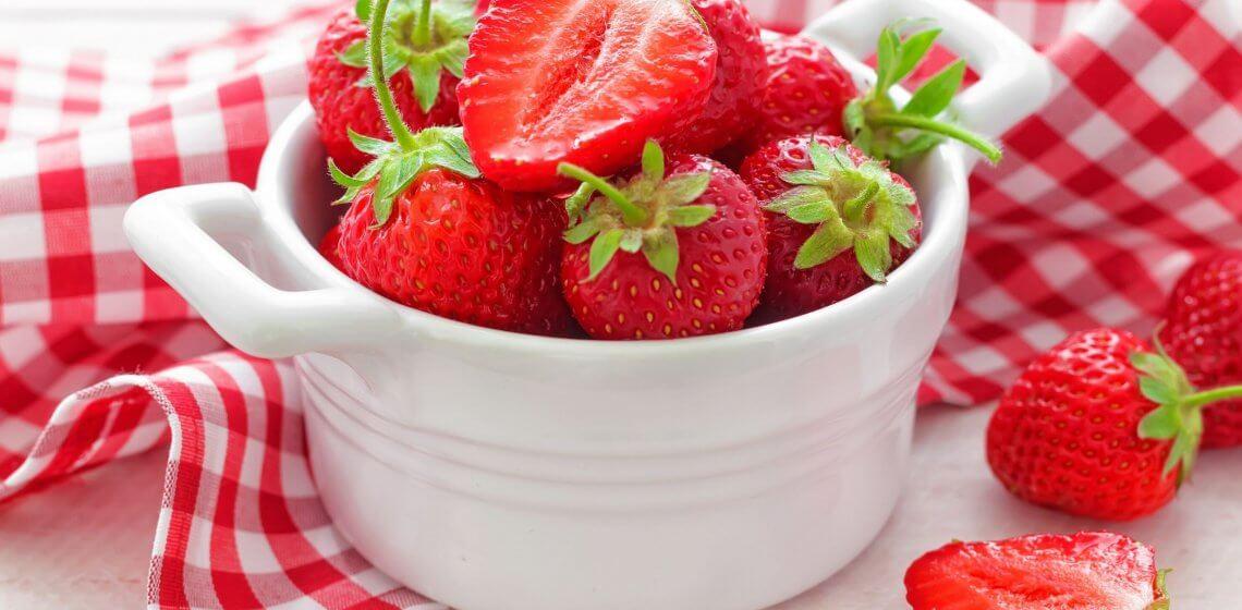 Erdbeeren Food Lebensmittel Hausmittelchen Blog Tipps Kalorien